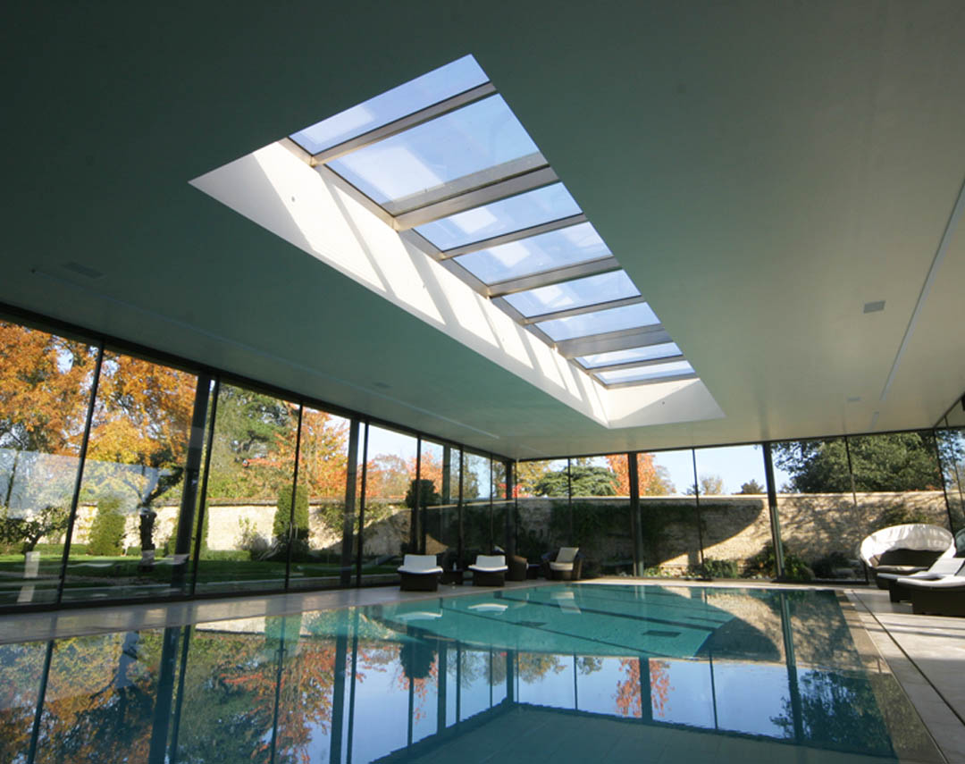 07 028 Meia Retractable Roof Over Swimming Pool 03a
